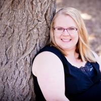 Author Jenn Leigh